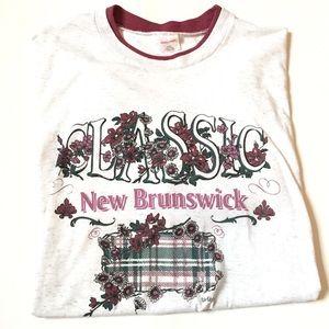 Vintage classic New Brunswick t shirt floral Xl